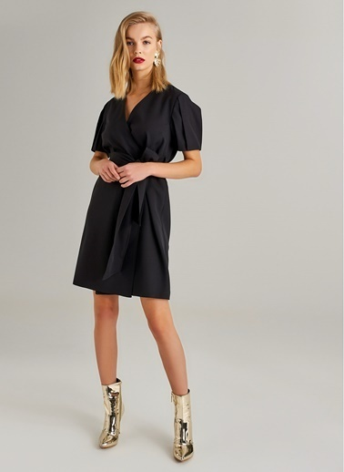 Monamoda Ex Kuşaklı Anvelop Elbise Siyah
